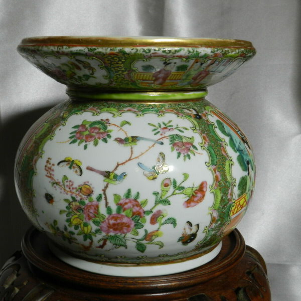 "RARE Antique Genuine Famille Rose Porcelain Spitton 7"" x 8""  VT3796"