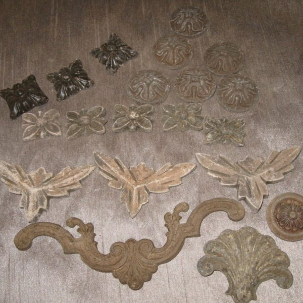 Vintage Lot of 20 Syroco Wood & Plaster Applique Parts Ornate Furniture Decor