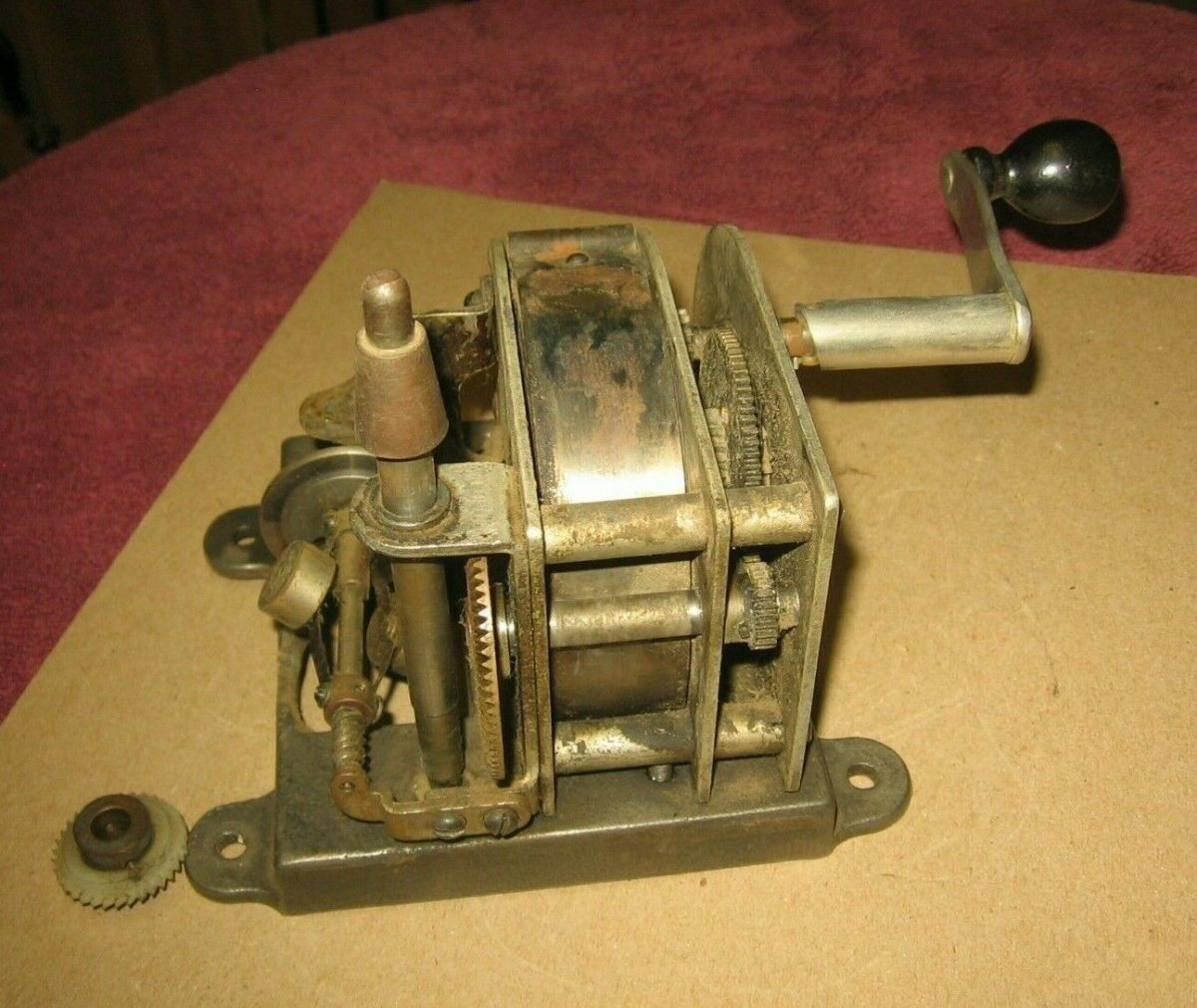Vintage Edison Standard Phonograph Motor & Slotted Hand Crank~For Parts~Stock c