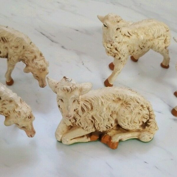 5 Vintage Sheep Lambs Nativity Pieces Made In Italy Livestock Hand Painted