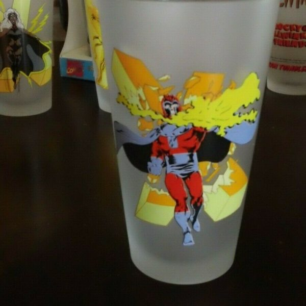 Marvel -Magneto - Toon Tumblers - Tall Glass - Frosted