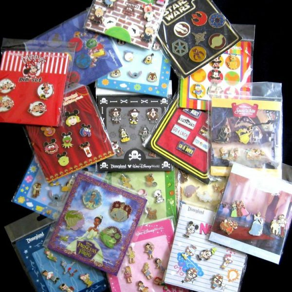 Disney TRADING PINS! 25 Pin Lot - Brand New Booster Sets