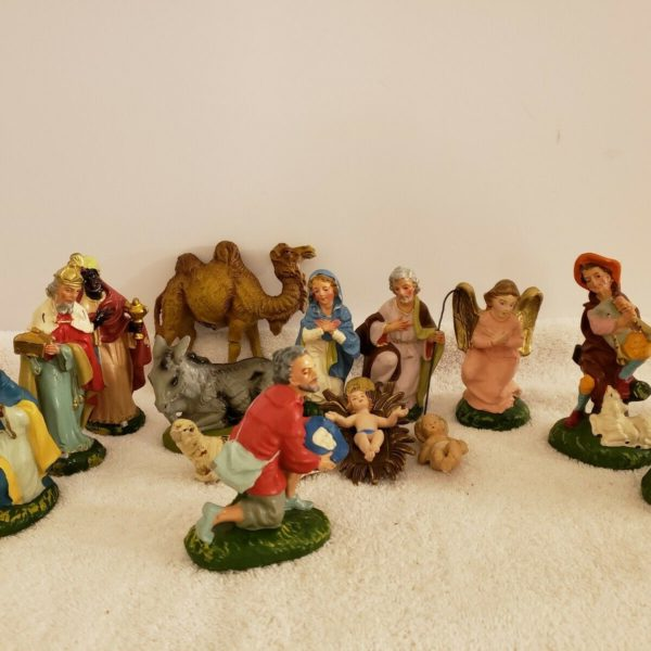 Vintage 15 Piece Hand Painted Christmas Nativity Figurines Made in Italy #29