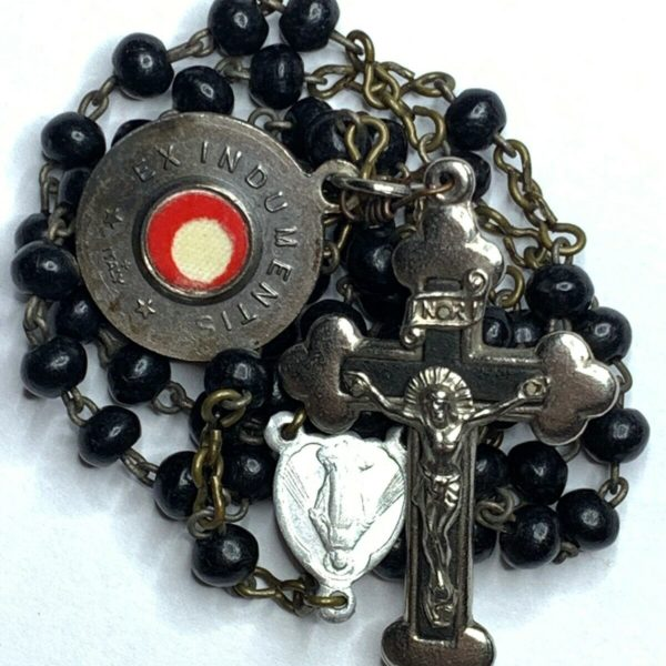 """† BLESSED GIFTED VINTAGE """" ST BENEDICT"""" RELIC MEDAL BUY BLACK WOOD BEAD ROSARY †"""