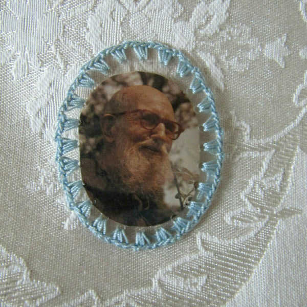 "RARE ~ PIECE OF CLOTHING 2"" OVAL RELIC BADGE OF FR. SOLANUS CASEY O.F.M.CAP"