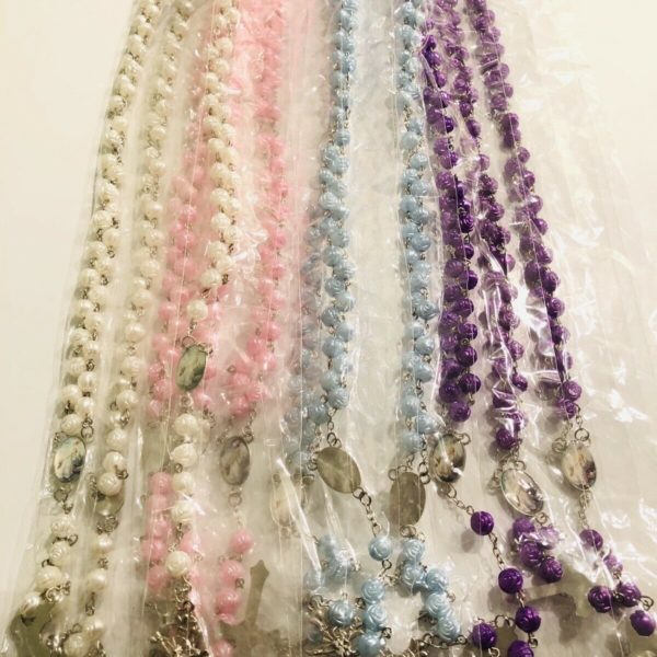 Wholesale Lots Of 12pieces Plastic Beads Rosary Long Necklace (Rose Design)
