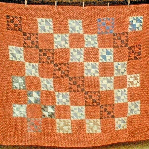 ANTIQUE VINTAGE EARLY 1900S PRIMITIVE CALICO HOURGLASS GEESE PATCHWORK QUILT
