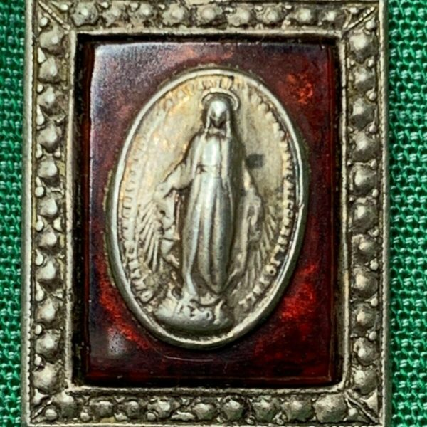† RARE VINTAGE STERLING IMMACULATE CONCEPTION RED BACKGROUND 7/8