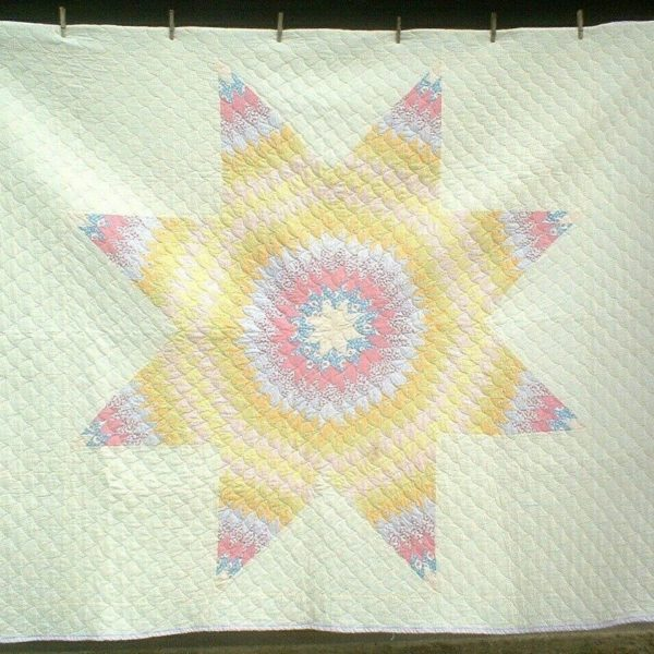ANTIQUE VINTAGE 30S PRETTY TEXAS LONE STAR GENERATIONAL PATCHWORK QUILT WOW!