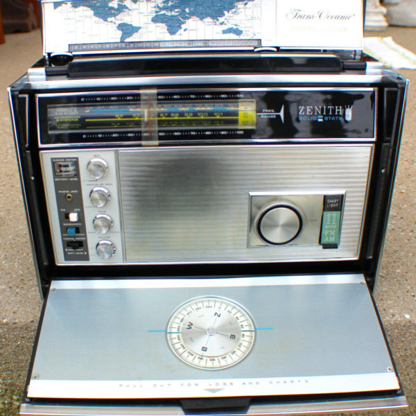 Vintage Zenith Trans Oceanic Radio and Manual RD7000Y Working c.1973