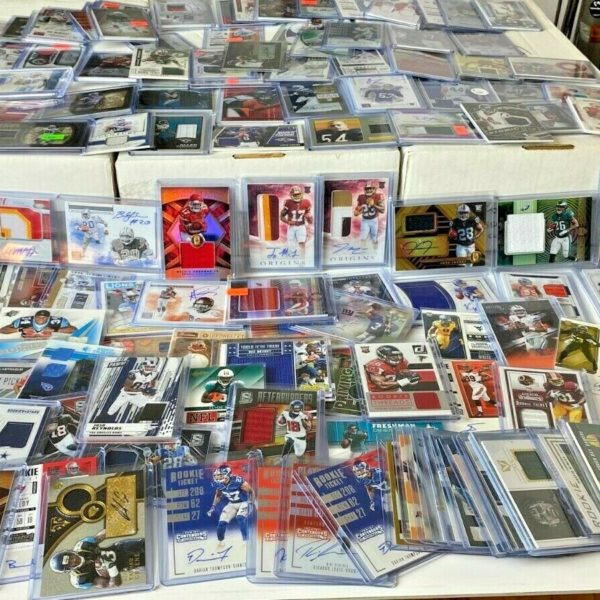 (25) SUPER Football Hot Pack Card Lot! AUTO, Jersey, PATCH, RC, Prizm,