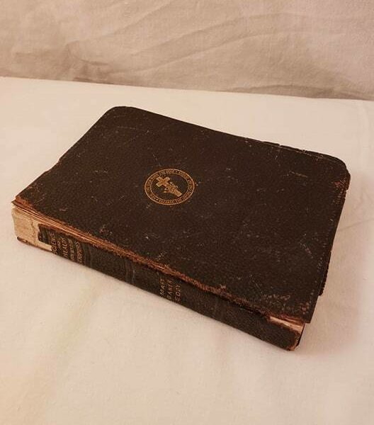 1909 Science & Health with Key to the Scriptures by Mary Baker Eddy Leather Book
