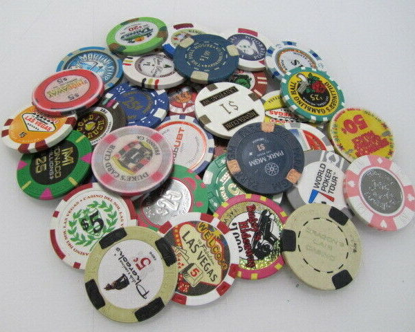 33 Casino Gaming Poker Chip Lot Las Vegas $1 New & Used Chipco Paulson Clay room