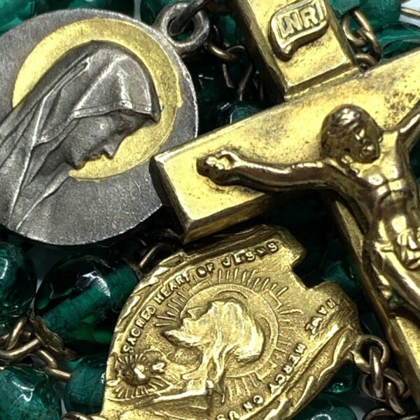 """† SCARCE ANTIQUE LOURDES MEDAL & GOLD WASH GREEN ROSARY THICK CROSS 26"""" 30 GRS †"""