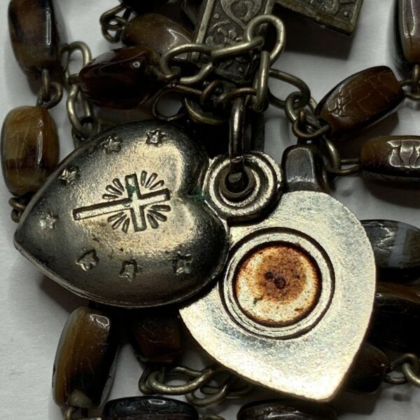 † BLESSED VINTAGE AGNUS DEI WAX LOCKET RELIC & BUY BROWN AGATE STYLE ROSARY  †