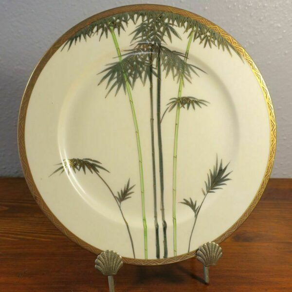 Japanese Satsuma Bamboo Decorated Plate Artist Signed.  3D