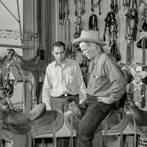 Old West Photo, Elko, Nevada, Saddle shop, 1940, Saddler, Horses, western