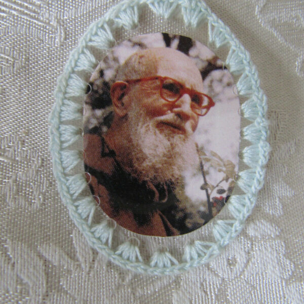 "PIECE OF CLOTHING 2"" OVAL RELIC BADGE OF FR. SOLANUS CASEY O.F.M.CAP"