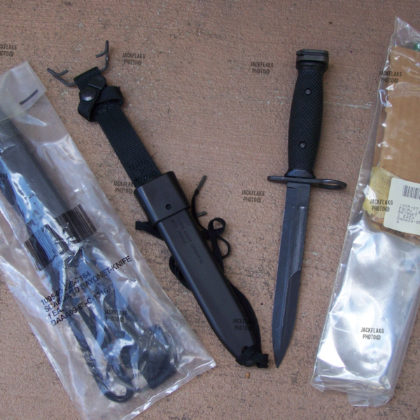Factory Sealed Knife M7Bayonet & M10 Scabbard NEW USA USMC Military Issue